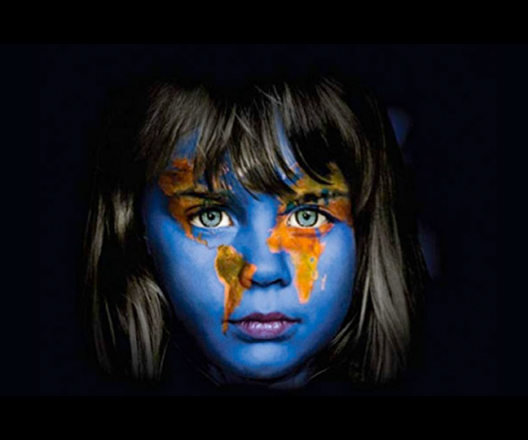Simposium Internacional Derrumbando Mentiras Globales